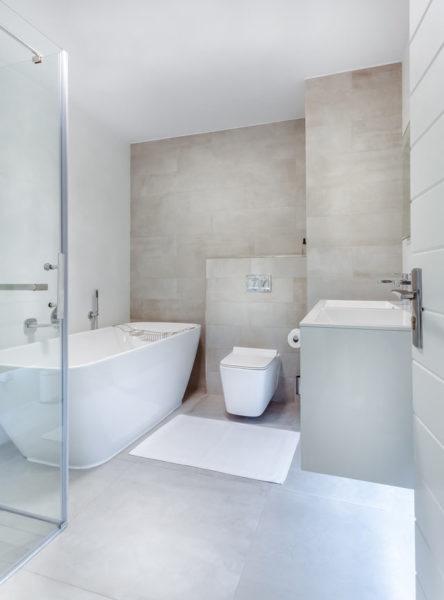 cuarto de baño historia obra nueva en sevilla